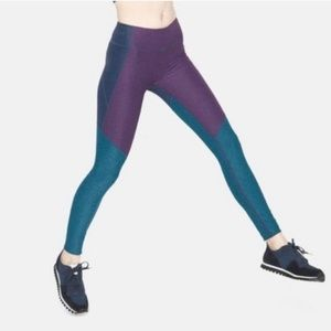 Outdoor Voices Hi-Rise Leggings Sz Small Tri Tone